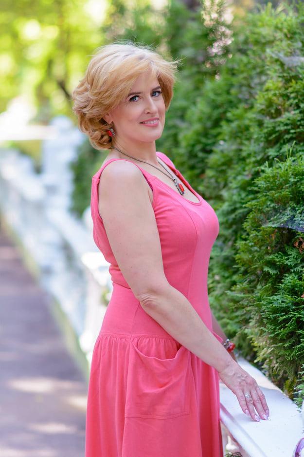 Irina, 55 anni, ucraina-rivne - Agenzia Matrimoniale Futura