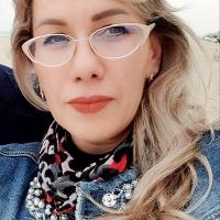 Immagine profilo di NADEGDA, ABITA A RICCIONE